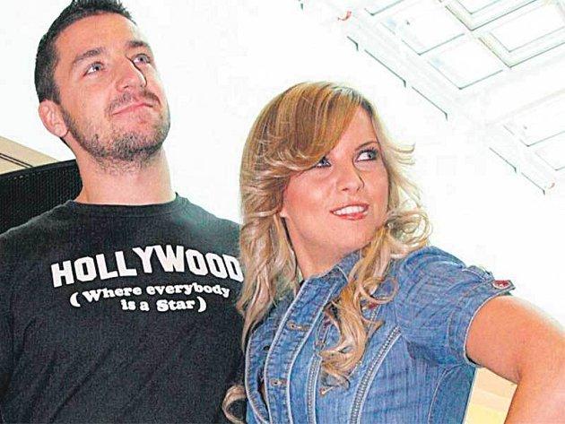Kateřina Kristelová s přítelem hokejistou Lukášem Filipem svatbu odkládají.