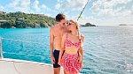 Paris Hilton s přítelem.