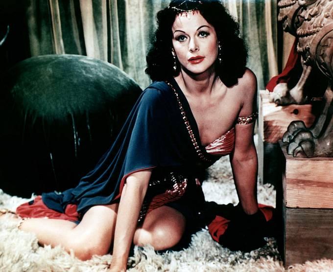 Zatraceně sexy byla ive filmu Samson aDalila (1949).