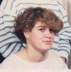 Ian Harvie byl jako dívka nevýrazný a stranil se ostatních.