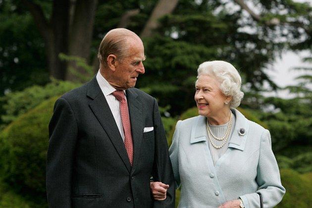 Královna Alžběta a princ Philip - 60.výročí svatby