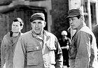 Slavný válečný film Tucet špinavců (1967) ho svedl dohromady sCharlesem Bronsonem.