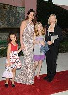 Už osmým rokem je partnerkou Navrátilové bývalá miss Julia Lemigová. Ta má z dřívějška dvě dcerky.