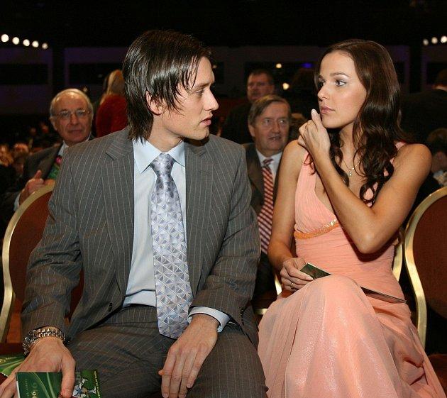 Jsou krásný pár.