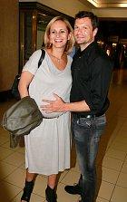 Monika Absolonová se s Tomášem Hornou těší na miminko.