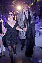 Ťáňa Vilhelmová a Vojta Dyk na plese