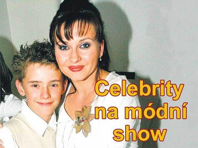 Herečka Dana Morávková byla se synem Lucie Bílé Filipem sladěná do posledního detailu.