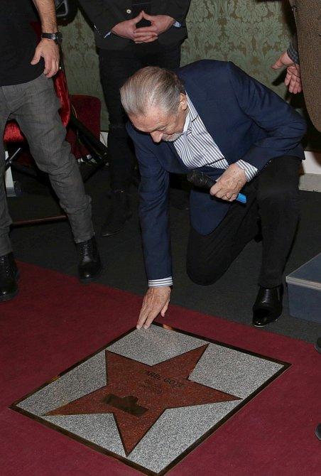 Karel Gott má už svou hvězdu slávy.