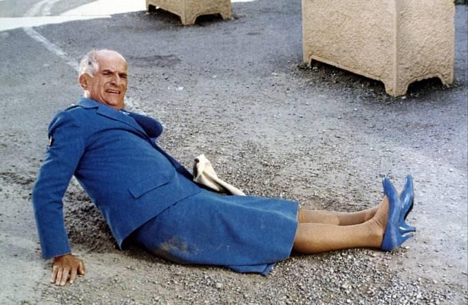 Premiéry filmu Četník ačetnice (1983) se už nedožil.