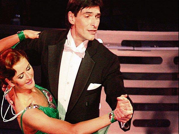 Zdeněk Podhůrský a Lenka Sekaninová se dali do soutěže s vervou.