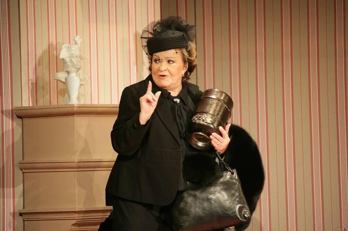 Bohdalová už se těší zpět do divadla.