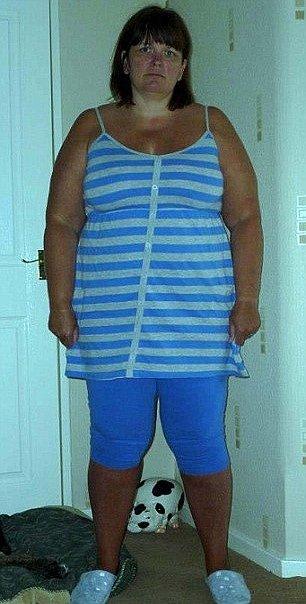 Lynne vážila zhruba 100 kilogramů.