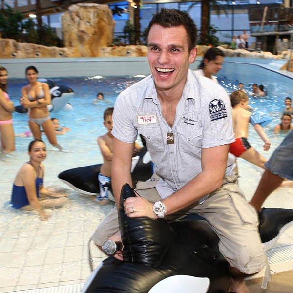 Leoš Mareš v čestlickém aquaparku