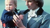 Princezna Diana se chtěla odstěhovat i s dětmi.