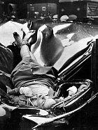 ",,Nejkrásnější sebevražda"". 23letá žena skočila z Empire State Building (1947)"
