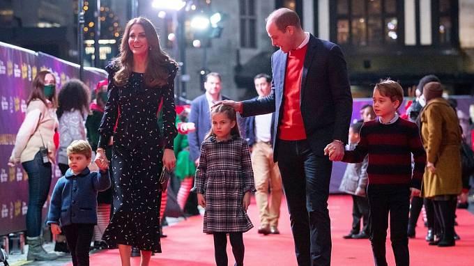 Princ William s rodinou
