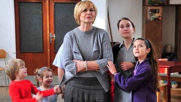 Snímek ze zkoušky Němcové Babičky, která má premiéru už ve čtvrtek.