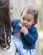 Princezna Charlotte se možná za pár let bude hodně divit, na co všechno dělala reklamu...