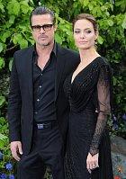 Brad Pitt a Angelina Jolie mají vztah jako na houpačce.