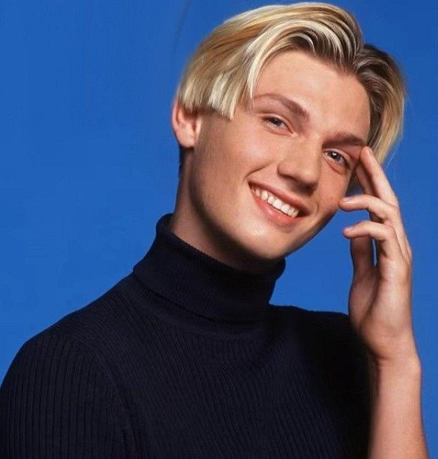 Pro změnu nesvatoušek kapely. Od mládí holdoval alkoholu a drogám a přiznal se, že pít začal už v šesti letech. To je vážně neuvěřitelné. Pomohl s kariérou svému mladšímu bráchovi Aaronovi a když začal v BSB, bylo mu jenom 13 let.