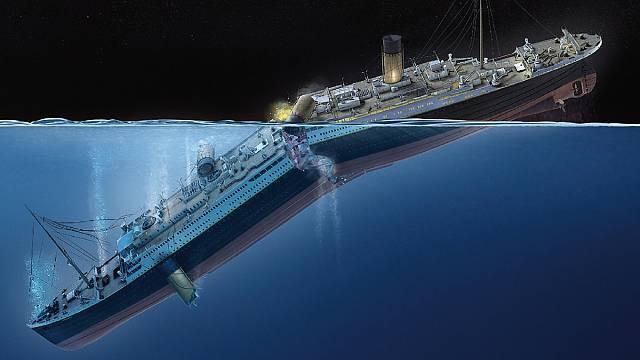 Titanic se podle svědectví rozlomil ještě na hladině.