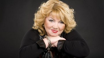 Věra Špinarová už svým zpěvem radost rozdávat nebude.