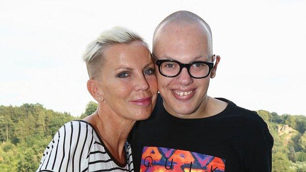 Kateřina Kornová se synem Filipem