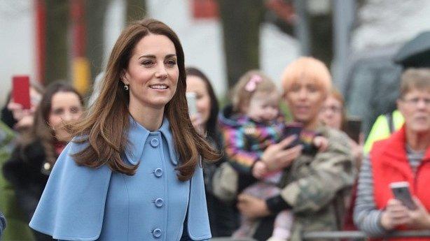 Vévodkyně proto nyní musí setrvat v domácí izolaci a nechodit na veřejnost.