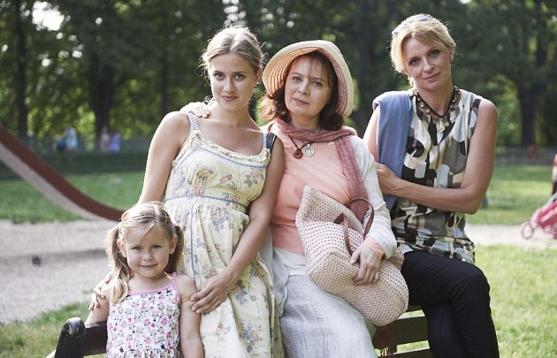Libuška Šafránková vMenzelově filmu Donšajni