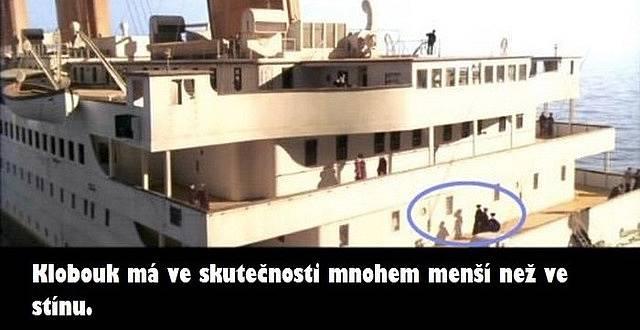 Chyby ve snímku Titanic