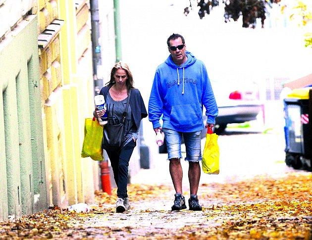 Mirek Etzler a jeho přítelkyně