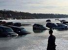 Když vám auta zaparkují na ledě...