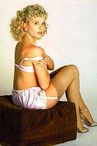 Nezdá se to, ale Glynis byla velmi stydlivá modelka.