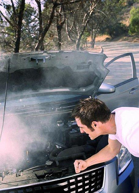 Natankování nekvalitního paliva může skončit izadřením motoru