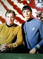Seriál Star Trek (1966) zněj udělal hvězdu, stejně tak zWilliama Shatnera.
