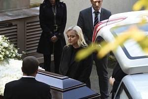 Dominika Gottová to má od pohřbu Karla Gotta těžší a těžší