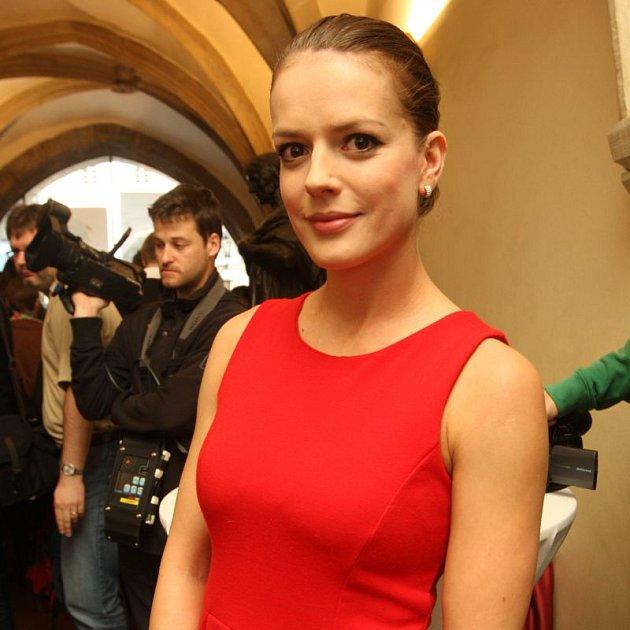 Andrea Kerestešová říká, že seriál Vyprávěj byl pro ni darem z nebe, přesto připouští vražedné tempo při natáčení.