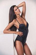 Miss Aneta Vignerová je nejen sexy, ale dokáže i pomoct potřebným.