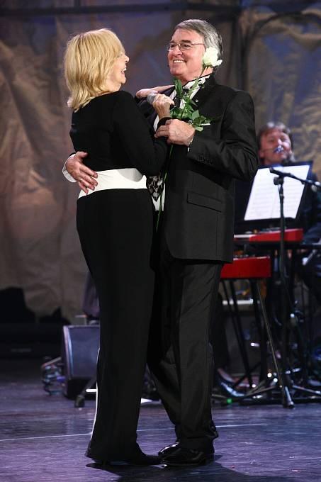 Hana Zagorová a Vlastimil Harapes