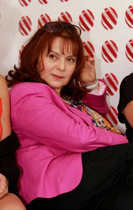 Herečka Libuše Šafránková (58) by podle Šípem osloveného právníka mohla mít nárok na odškodnění za to, že německý výrobce čokolád použil na obalu sladkosti její podobiznu z filmu Tři oříšky pro Popelku.