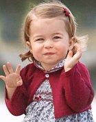 Téměř dvouletá princezna o Vánocích 2016