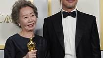 Brad Pitt a Youn Yuh-jung
