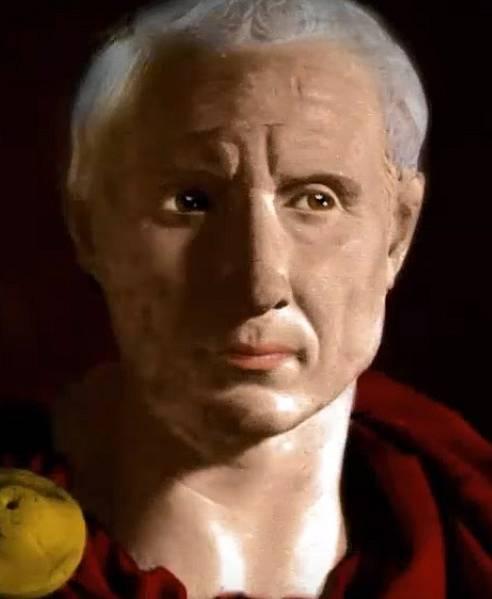 Julius Caesar taky nebyl úplně model.