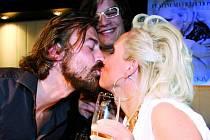 Bára Basiková, Petr Polák a jedna velká, zamilovaná pusa.