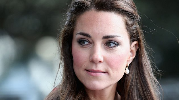 Na Kate Middleton se nyní soustředí celý svět.