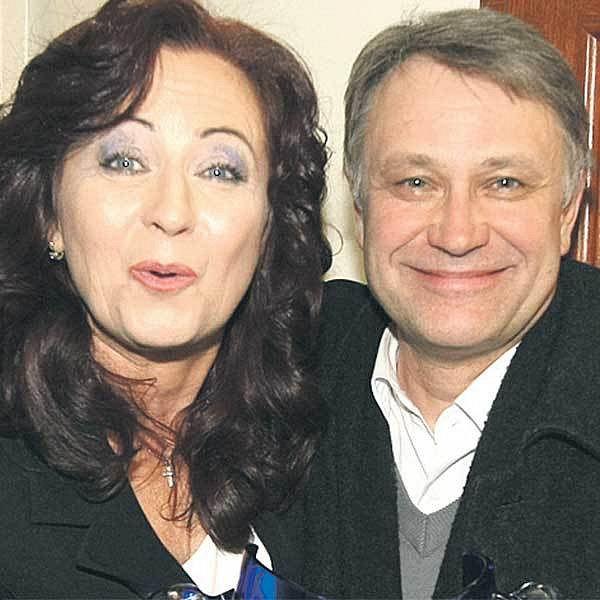 Toníček Procházka s držitelkou Thálie za činoherní výkon  Simonou Stašovou.