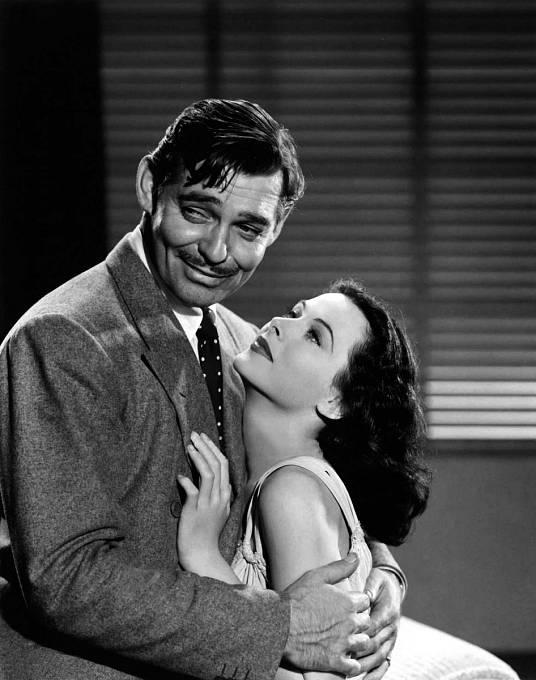 Vkomedii Kamarád X (1940) sváděla Clarka Gablea.