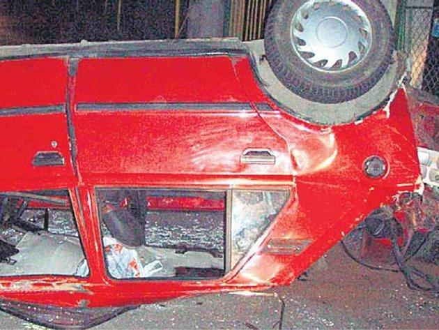 Účastníci nehody měli velké štěstí, že přežili.