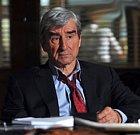 Jack McCoy je další postava, která v seriálu trávila 16 sezón. Objevil se ve více než 360 dílech a přinesl s sebou mnohaletou praxi coby státní návladní. Jeho postava má pohnutou minulost, nicméně svou práci dělá dobře.