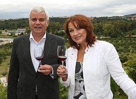 Petr Štěpánek a jeho manželka Zlata Adamovská.